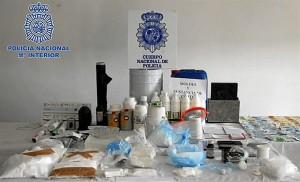 Los agentes han desmantelado el laboratorio con el que los detenidos contaban en Murcia.