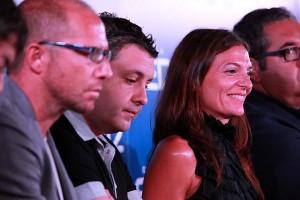 La periodista junto a sus compañeros en la presentación de una de las temporadas radiofónicas. / Foto: www.cadenaser.com