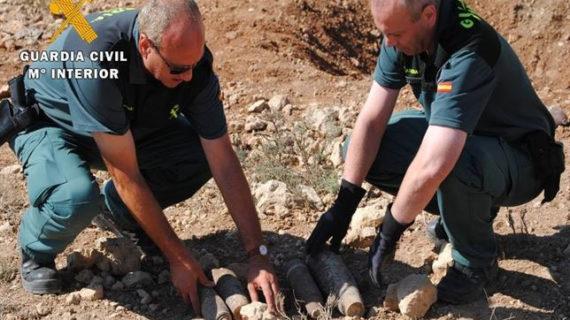 La Guardia Civil neutraliza siete artefactos de la Guerra Civil en Zaragoza y Teruel