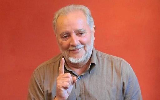 Julio Anguita sale del hospital tras ser dado de alta