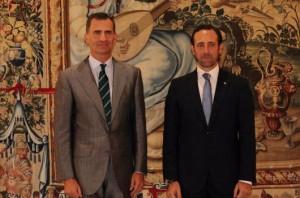 El Rey con Bauzá. / Foto: Twitter Casa Real