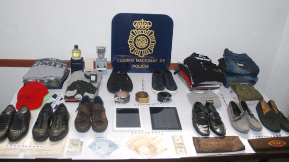 Detenidos en Marbella cinco integrantes de un grupo de estafadores con tarjetas bancarias hurtadas