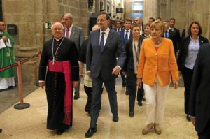 Merkel visitó la catedral de Santiago.  / Foto: Moncloa.