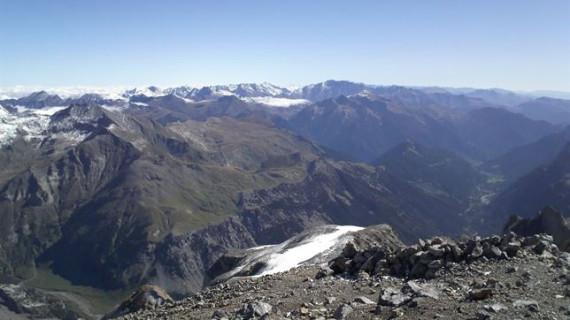 Rescatados cuatro montañeros en diferentes puntos del Pirineo oscense