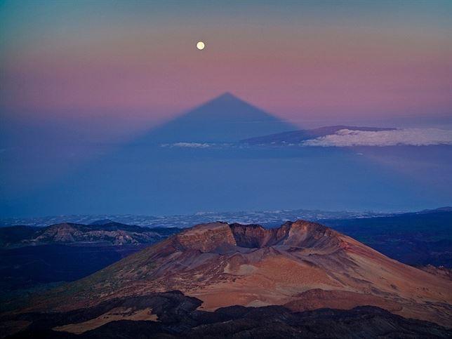 La sombra del Teide se alineará este domingo 10 de agosto con la 'SuperLuna'