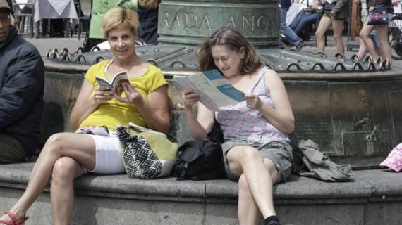 España recibió un 5,9% más de turistas en julio, el segundo mejor dato de la historia