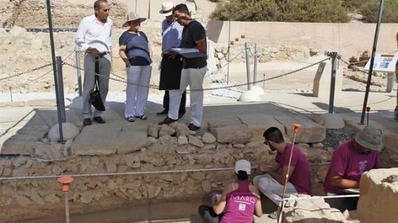 Excavaciones en Lucentum indican que fue fundada por los cartagineses en el siglo III a.C