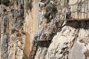 Ya rehabilitado en parte, el Caminito del Rey se abrirá al público en 2015.