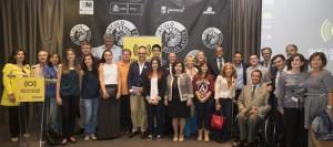 Foto de familia de la presentación de la campaña con los protagonistas del spot entre los asistentes./Fuente: Fiapas.