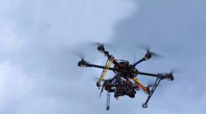 Desplazamiento del drone a gran altitud.