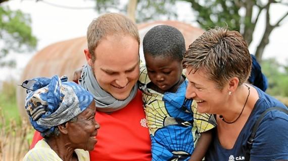 Crece el apoyo de voluntarios y donantes a la acción social de Cáritas en España