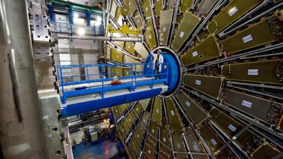 Científicos internacionales participan en la Hot Quarks 2014 que se celebra en Almería