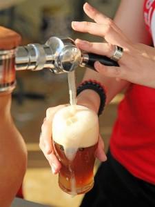 Sanas propiedades las de la cerveza. / Foto: Gabi Orte / Europa Press
