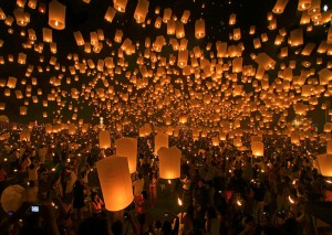 Festival de linternas tradicional. / 节日的传统灯笼
