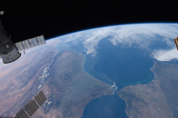 Estrecho de Gibraltar visto desde espacio.