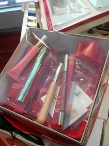 Los productos de maquillaje.