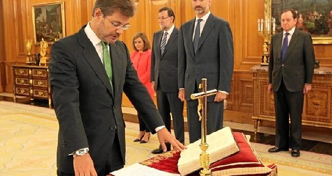 Rafael Catalá jura su cargo de ministro de Justicia