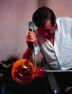 Modelado del vidrio en el Museo. / Foto: www.turismoindustrial.es