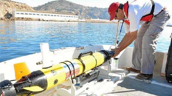 La Politécnica de Cartagena lidera un proyecto europeo para crear vehículos no tripulados que detecten derrames de fuel en el mar