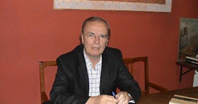 Antonio Hernández consigue el Premio Nacional de Poesía 2014