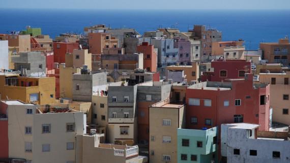 Arranca el primer proyecto de ayuda humanitaria a subsaharianos en la frontera con Ceuta autorizado por Marruecos