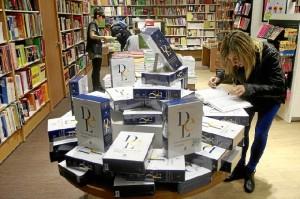 El nuevo DRAE se vende en las librerías desde el 16 de octubre. / Foto: RAE