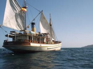 Hidria Segundo navegando.