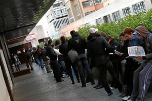 Quienes llevan parados menos de un año tienen más posibilidades de encontrar empleo. / Foto: Europa Press.