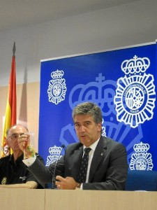 Cosidó informó sobre el alijo incautado. / Foto: Europa Press