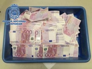 Dinero incautado por la Policía Nacional