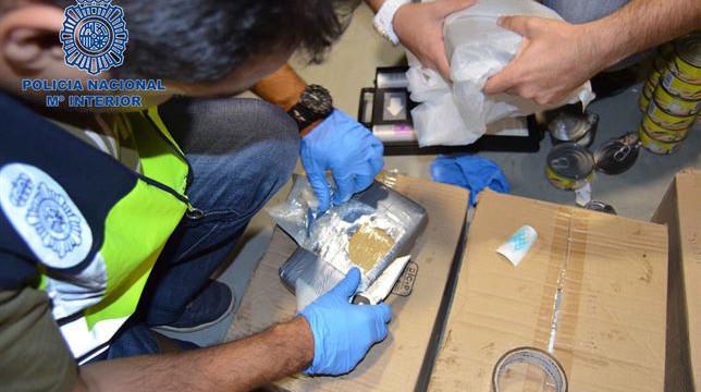 Capturado un pesquero que ocultaba 1.800 kilos de cocaína