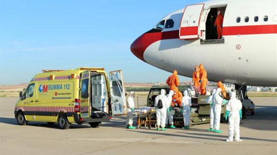 Bruselas dice que son los médicos sobre el terreno quienes deben decidir si repatriar a europeos contagiados