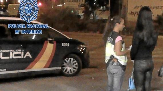 La Policía Nacional desarticula un grupo de proxenetas que explotaba sexualmente a mujeres en Madrid