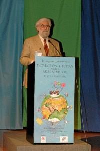 Intervención de Leonardo Boff en uno de los congresos.