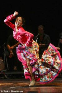 Rocío prepara un nuevo espectáculo que desea estrenar en su tierra. / Foto: Pako Manzano.