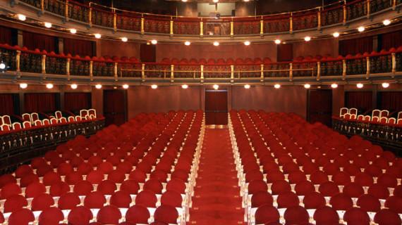 El Teatro Español estrena la última e inédita pieza teatral de Vargas Llosa