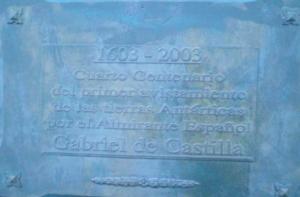 Placa conmemorativa en la base Gabriel de Castilla. / http://www.ejercito.mde.es