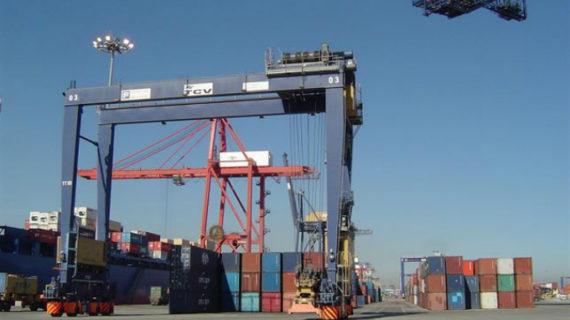 El déficit comercial repunta un 71% hasta septiembre por el tirón de las importaciones