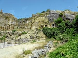 Ermitas rupestres de Villanueva de Algaidas. / http://www.malaga.es