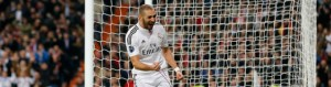 Benzema celebra el gol marcado al liverpool.