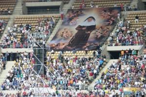 La beatificación se llevó a cabo en el Estadio Olímpico de Sevilla. / Foto: www.madremariadelapurisima.es