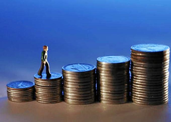 El PIB acelera su crecimiento trimestral dos décimas