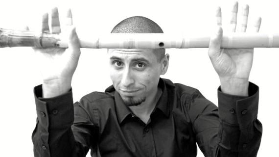 Rodrigo Rodríguez, un maestro internacional del 'shakuhachi', la flauta para meditar de los monjes budistas
