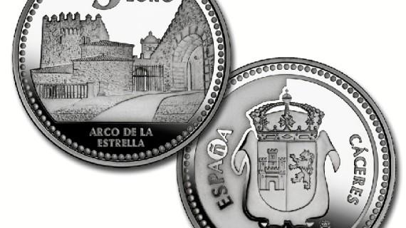 La Casa de la Moneda dedica a Cáceres una de las piezas de la primera serie de la colección 'Ciudades Patrimonio'