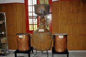La alquitara, una pieza del proceso tradicional de destilado anterior al alambique./Foto: Jessica Berrio