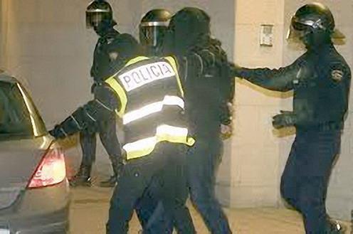 Un detenido en Manresa por difundir mensajes yihadistas en redes sociales