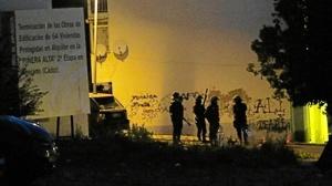 Agentes de policía desplegados en la Piñera
