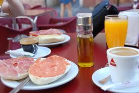 Los desayunos son altos en azúcares.