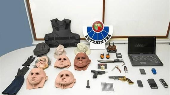 La Ertzaintza desarticula una banda de atracadores de bancos que operaba en Gipuzkoa