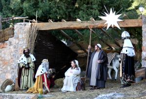 Los Reyes Magos adorando a Niño. / http://www.autoreyesmagos.com